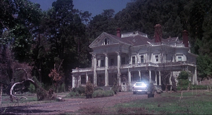 31 Days of Halloween- Day 4- Burnt Offerings (1976)